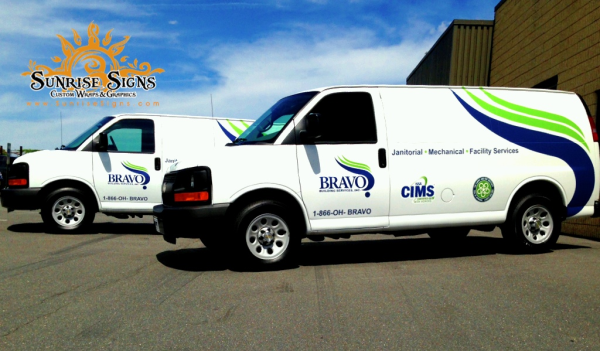 Spot vinyl fleet vehicle graphics