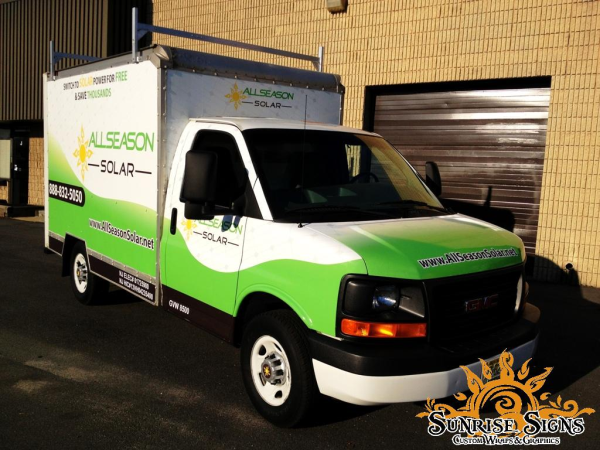 Contractor box truck and trailer wraps