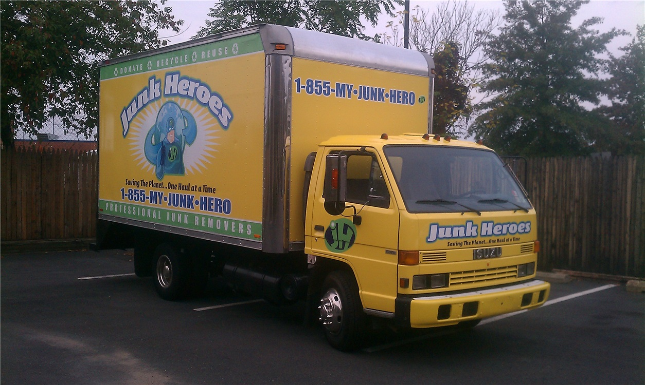 Truck Graphics & Wraps Idea Gallery | Sunrise Signs
