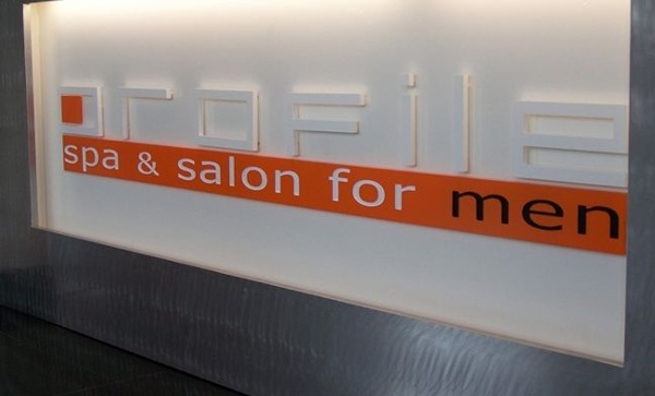 Plastic Letter Sign - Plastic Letter Sign for spa and salon