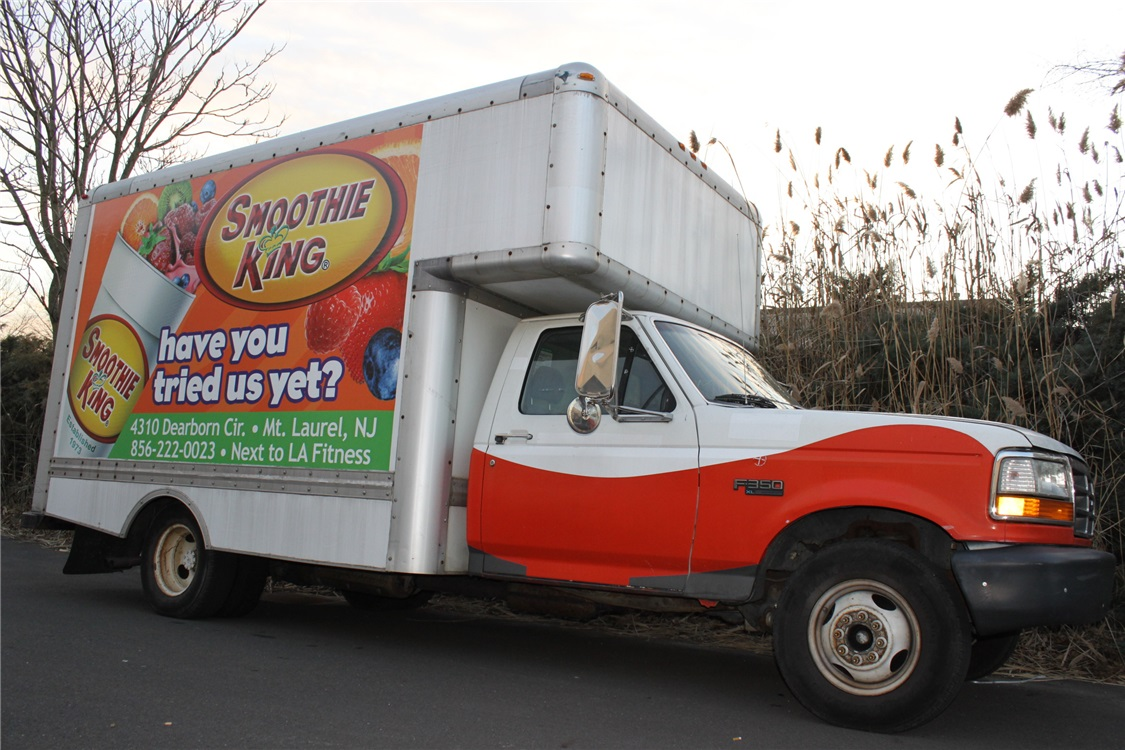 Partial Box Truck Graphics - Partial Box Truck Graphics for smoothie restaurant