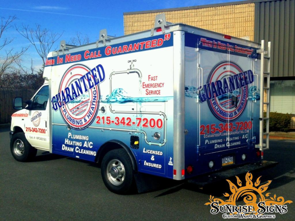 Contractor fleet graphics, lettering and wraps