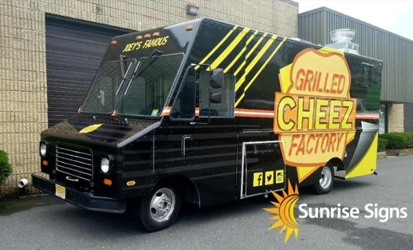 GrilledCheez Food Truck